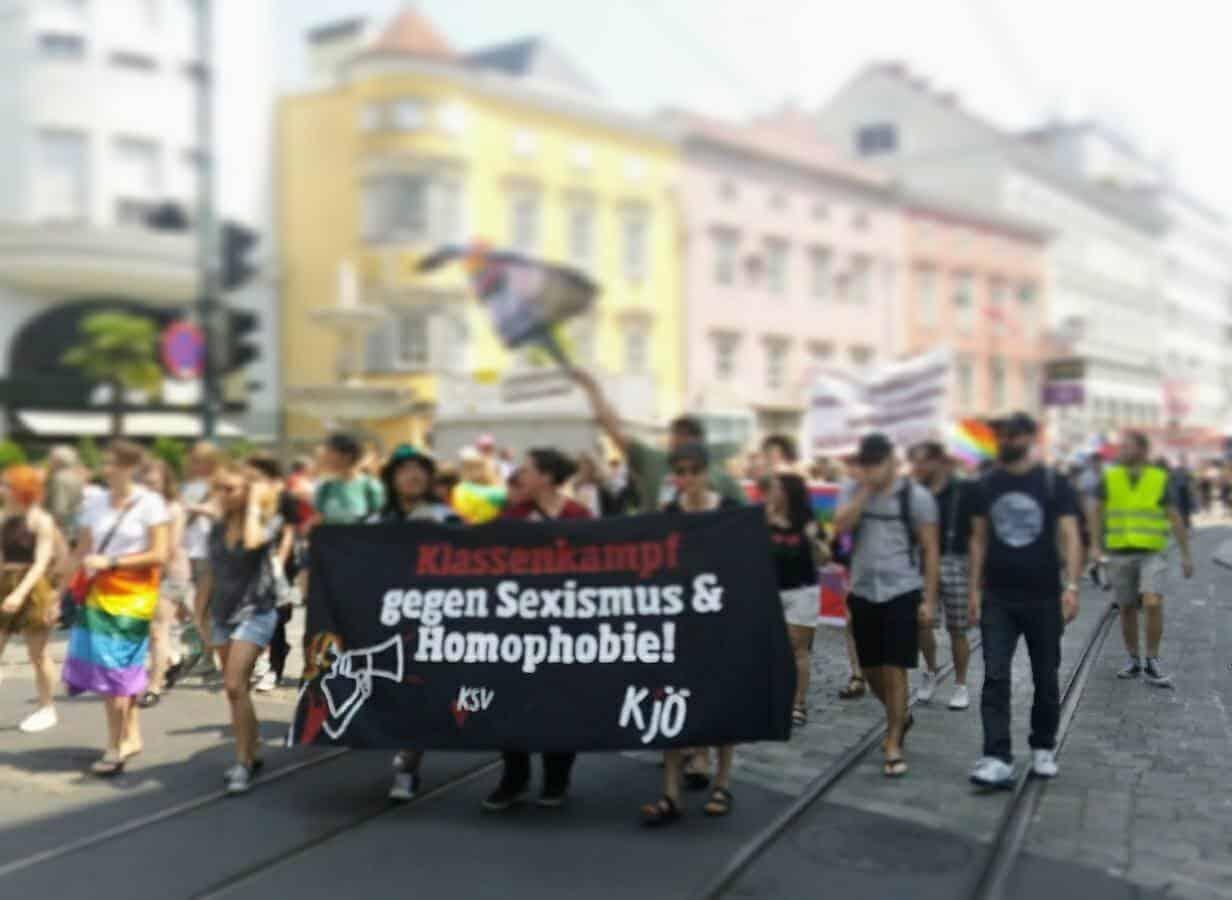 KJÖ demonstriert in Linz gegen Sexismus und Homophobie